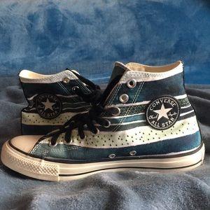 Converse; striped/artistic pattern